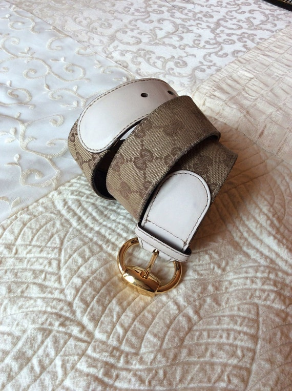 b58639eee42 Gucci Belt fabric and leather