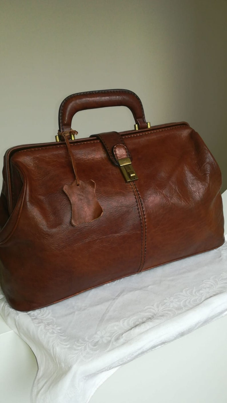 The Bridge, brown leather doctor bag