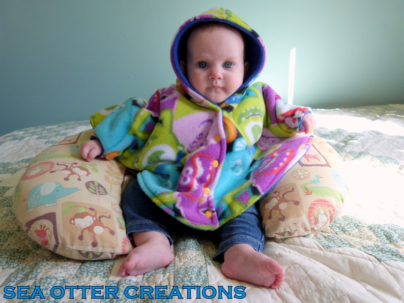 Riding Hood Fleece Ponchos- Babywearing and Carseat Safe Coats Fancy Dinosaurs Size 1 3-12m