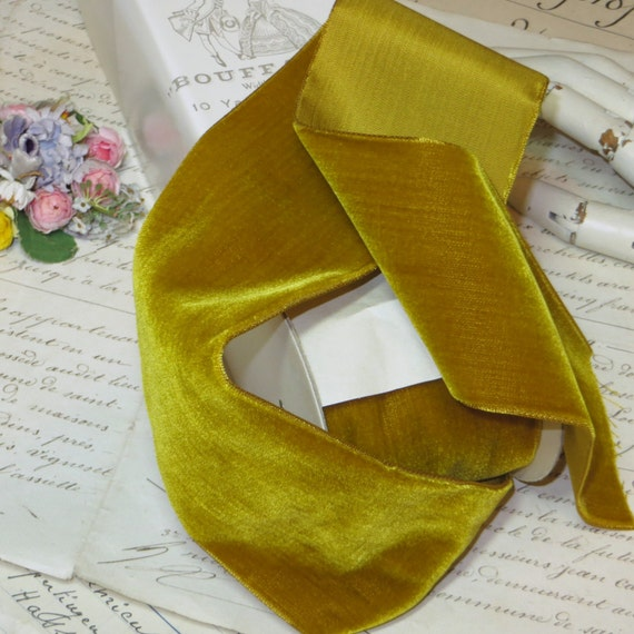 "NEW COLOR SILKY FLOWER TRIM~SUNSHINE YELLOW~1//2/""~DOLL HATS~ DRESS~MILLINERY"
