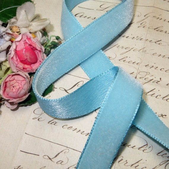 "10y 2/"" VTG BABY LIGHT BLUE SWISS RAYON TAFFETA RIBBON DOLL DRESS FABRIC"