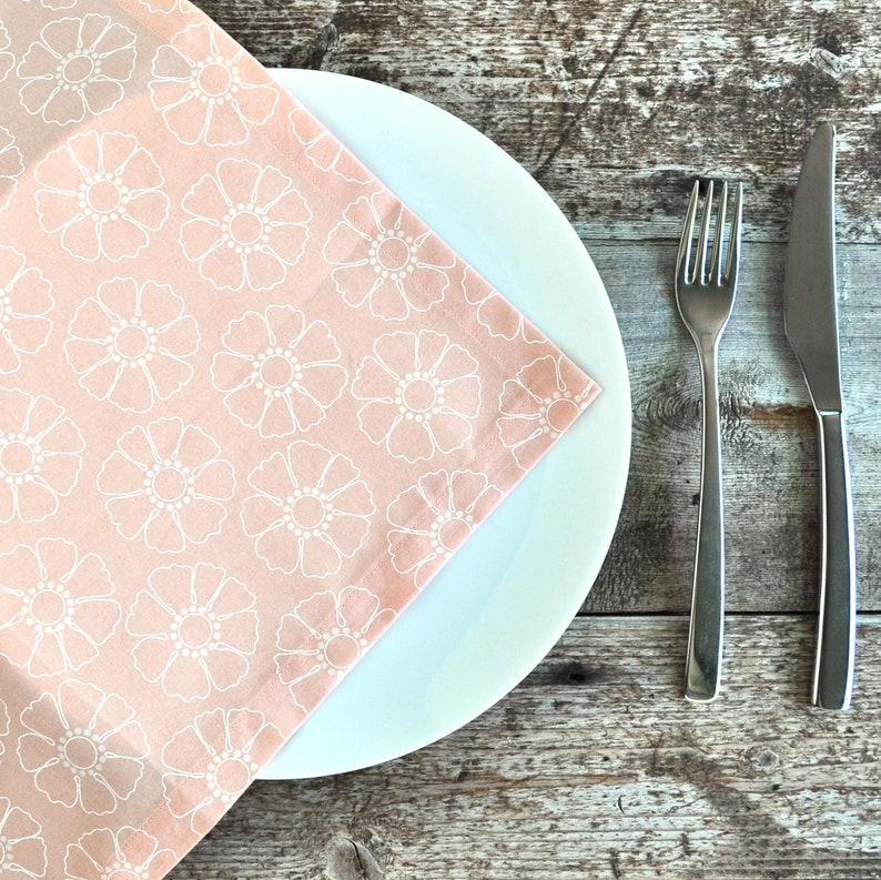 Dining Mitred Corners Table Linen Handmade Cotton Apricot Peach White Daisy Reusable Napkins Set of 4 Napery Table Napkins