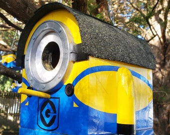 Todd The Minion Birdhouse | The Minions Medium Bird House