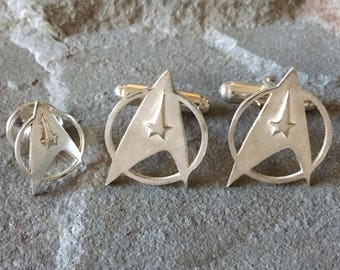 Star Trek Cufflink and Lapel Pin Wedding Gift Set | Trekkie Gifts, Nerd and Geek Gifts, Sci Fi Cuff Links, Grooms Gifts, Men's Accessories