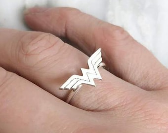 Wonder Woman Sterling Silver Ring | Superhero Jewelry, Comic Book Chic, Geeky Gear, Nerdy Jewelry, Girly Geek, Marvel, Comicbooks Hero