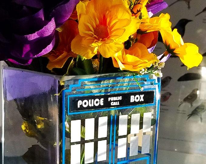 Featured listing image: British Police Box Doctor Who TARDIS Vase