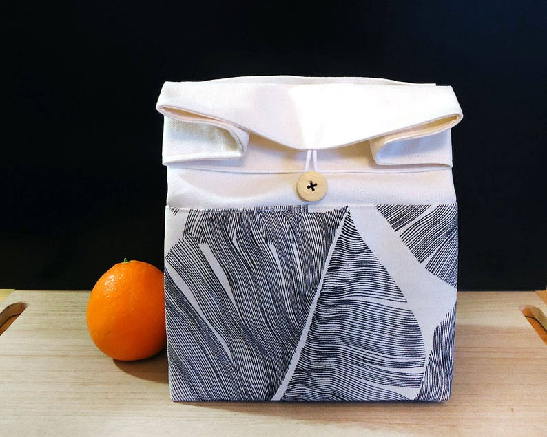 Lunch bag for women Zero waste Black and white palm leaves image 0