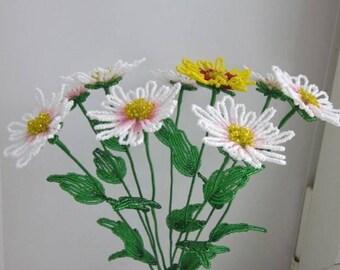 Yellow white daisies Beads French