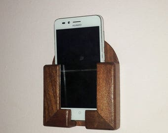 Cell phone holder/Smartphone with cherry wood wall