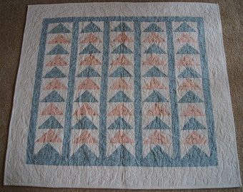 Flying Geese Design – BABY QUILT – Pink & Blue