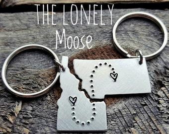 Long distance relationship gift Boyfriend gift BFF gift Going away gift USA keychain State Keychain Girlfriend Gift Deployment gift