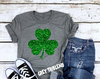 Happy St Patricks Day Sign 3 Leaf Clover Mens T Shirts Graphic Funny Body Print Short T-Shirt Unisex Pullover Blouse