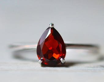 Garnet Ring, Red Stone Ring, Tear Drop Natural Garnet, January Birthstone Ring, Sterling Silver Promise Ring, Engagement Ring, Wedding Ring
