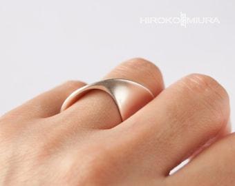 """Prêt à expédier Bague  """"OVNI"""" argent - silver Création HIROKO MIURA design, fait main. bijou unique, style épuré. hmp"""