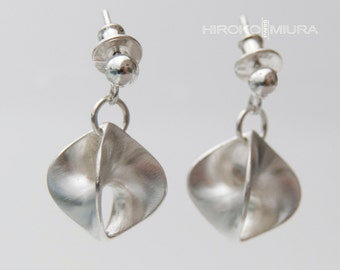 "Ready-to-ship Earrings ""4Faces"" silver Creation HIROKO MIURA unique, sleek jewelry design. Hmp. Style Georg Jensen, Scandinavian"