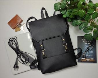 6a34701176 Black vegan backpack