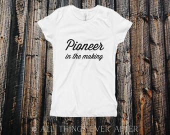 Pioneer Gift | GIRL'S TEE | Jw | Jehovah's Witnesses | Girl's Gift Present | Tee | Pioneer School | Jehovah | Assembly | Convention 2017