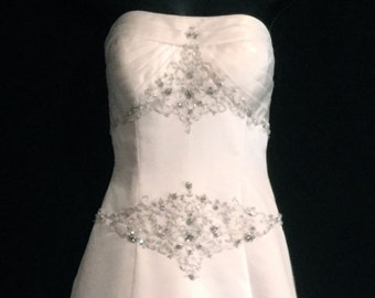 Rhinestone Strapless Wedding Gown       VG164
