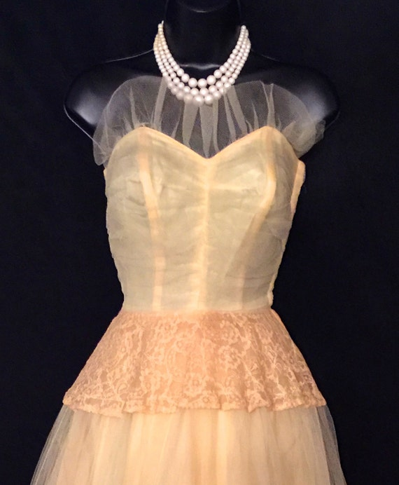 40's Buttercup Lace, Chiffon and Net Gown        V