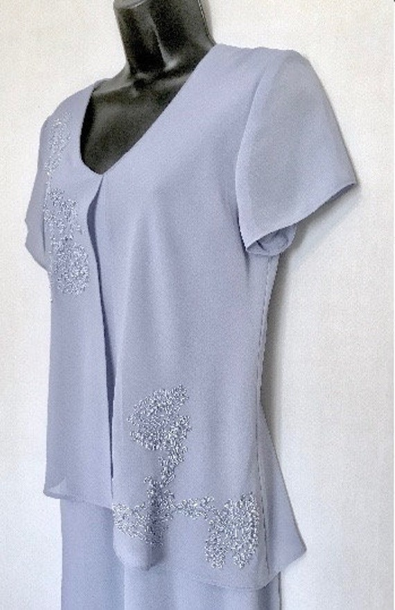 Soft Lilac Beaded Evening Dress    VG352