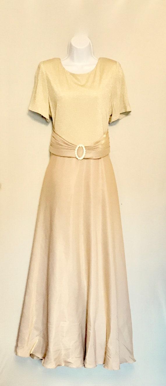 Vintage  Gold Taffeta gown  VG437
