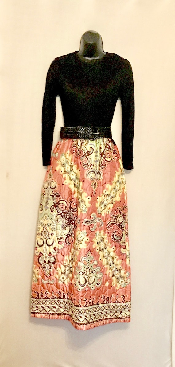 60s Mod Quilted Skirt Hostess Maxi     VG395