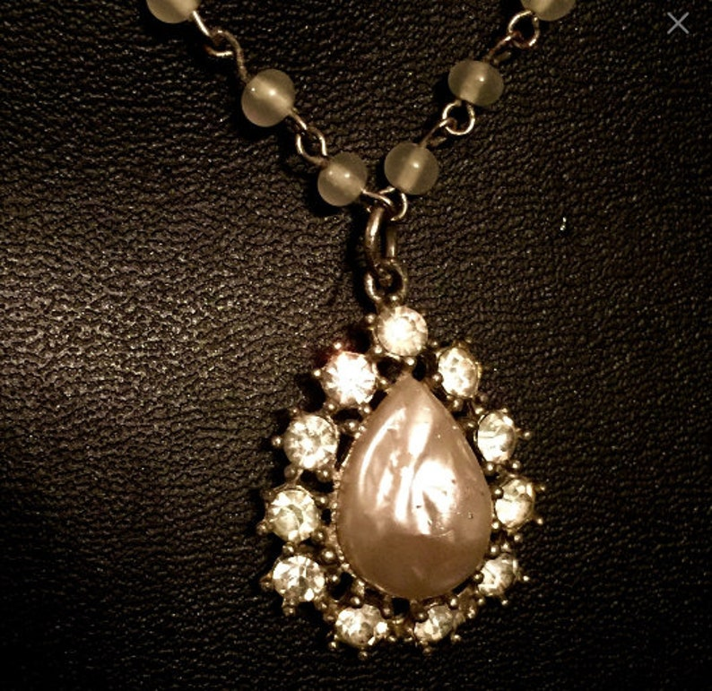 Vintage Mabe Pearl and Rhinestone Pendant Necklace    VG2453