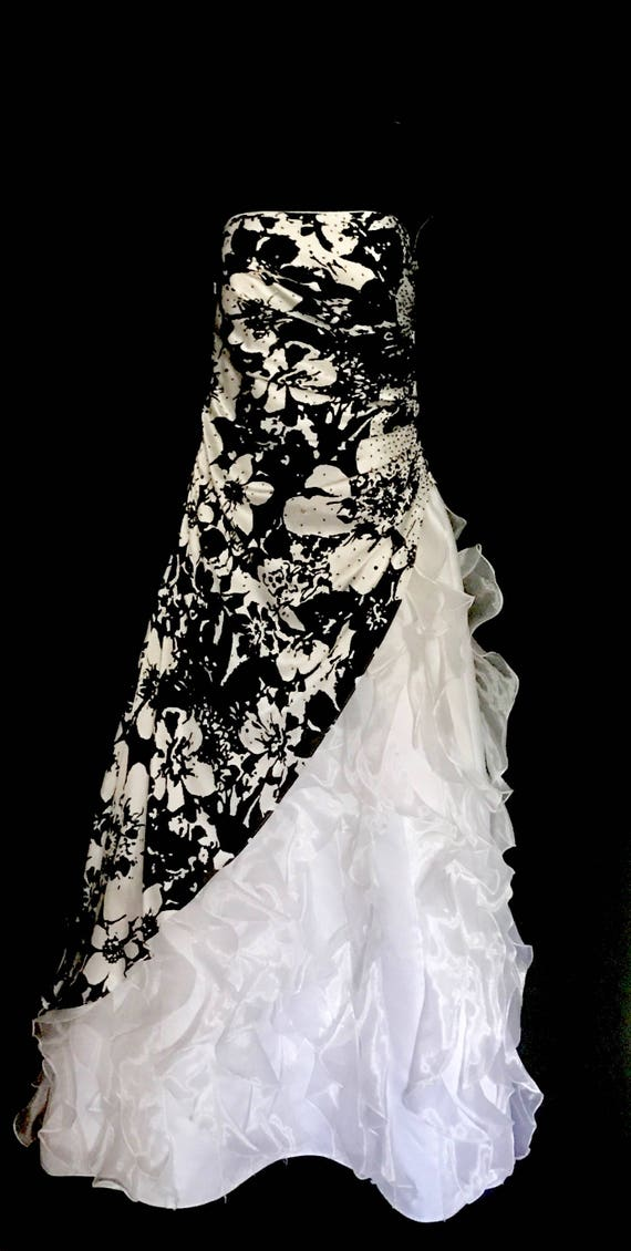 Black and White Ruffle Ball Gown          VG315