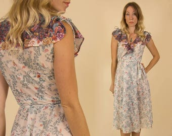 Vintage 1970s Beautiful Floral Midi Wrap Dress with Ruffled Bodice
