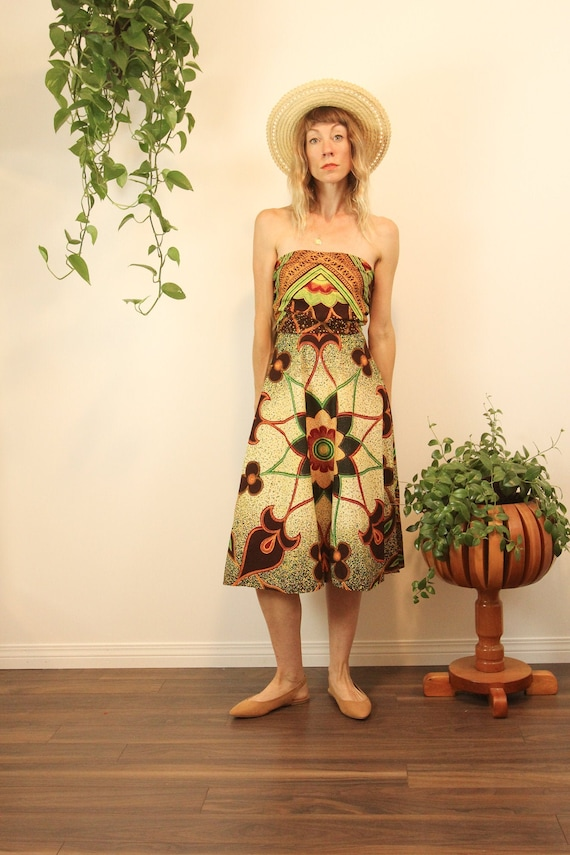 Rare 1950s Convertible Batik Cotton Wrap Dress //… - image 2