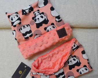 Coordinating hat and snood for children pink panda pattern