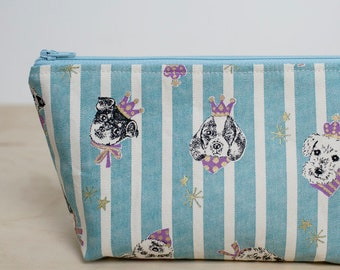 Cute dog zipper pouch. Makeup pouch. Dog lovers gift. Doggo print. Pencil case. Toiletry bag. Small cosmetic case. Waterproof pouch.