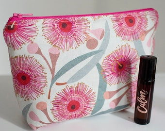 Essential oil bag. Oil pouch. Oil storage. Oil travel case. Roller bottle bag. Pink oil pouch.