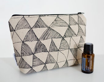 Essential oil bag. Oil pouch. Oil storage. Oil travel case. Roller bottle bag. Essential oil gift. Geometric oil bag