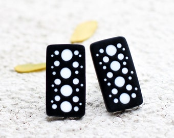 Abstract earrings Clip on earrings Rectangular earrings Black and white Gift for women Gifts jewelry fashion Earrings for her Gift for wifes