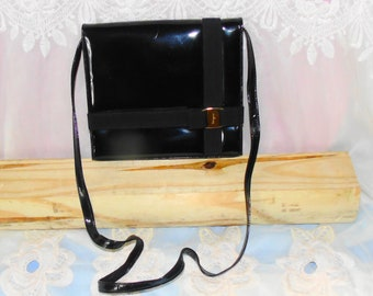 Vintage Salvatore Ferragamo Black Patent Leather Bag Crossbody Shoulderbag Purse
