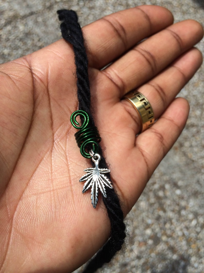 Silver Green Marijuana Pot Leaf Ganja Spiral Dread Lock Coil Bead