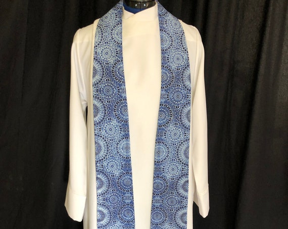 Blue Snowflake Advent Clergy Stole, Advent clergy stole, advent priest stole, blue stole, pastor stole, winter stole, B012