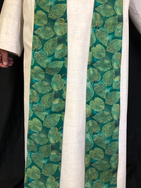 Gold Leaf Green Stole, Green Natural Stole, Green Ordinary Times Stole, Green Clergy Stole, G009
