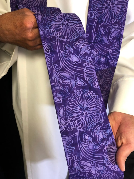 Lenten Floral Purple Clergy Stole, Lenten clergy stole, advent priest stole, purple stole, blue stole, pastor stole, lenten stole, P008