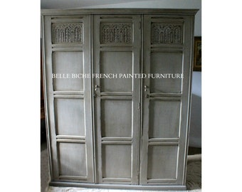 SOLD ***   Capacious Antique Edwardian 'Knock Down' Triple Armoire / Wardrobe