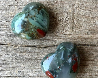 Bloodstone pocket hearts- 30 g