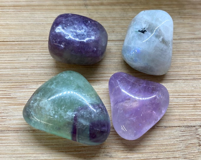 Lucid Dreaming tumbled crystal stone set