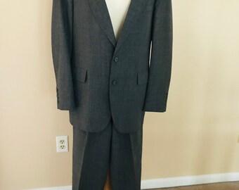 80439ce476c Vintage 1980s Mens Suit by Adams Row