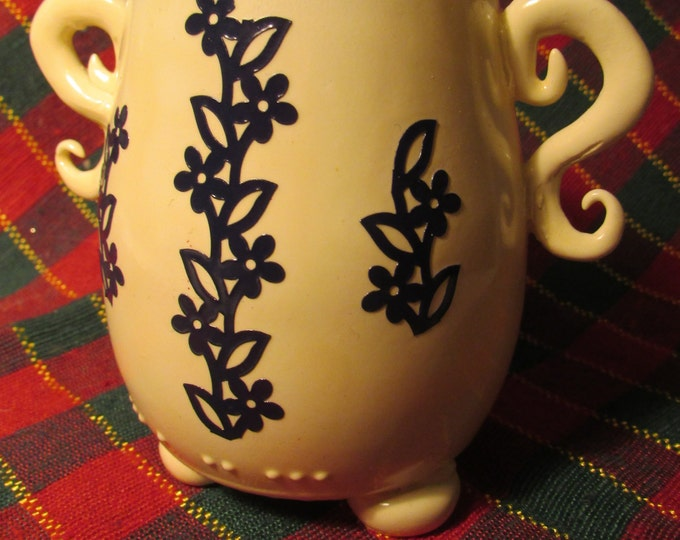 China-Style Pot with Sculpted Handles