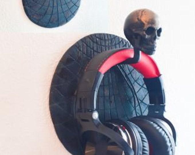 Headphone Rack with Skull