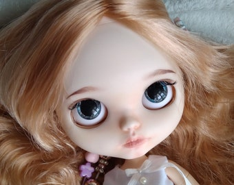 Peach - custom blythe doll ooak art doll factory base from Belle