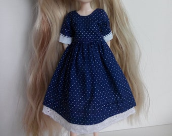 Cute dress with dots and short sleeves for pullip blythe azone momoko obitsu and simmilar dolls