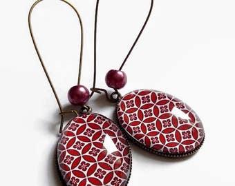 7871dff8af9f boucles d oreilles pendantes géométrie façon art déco floral bordeaux