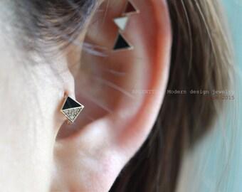 0779f090d Delicate 14K Gold Triangle Hoop Earrings,Hoop Earrings,Shiny earring,Skinny  Hoops,Minimalist everyday Jewelry,Gold Huggie hoop,Snap post